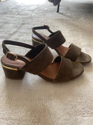 Hohe Sandaletten