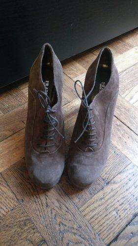 hohe Schuhe