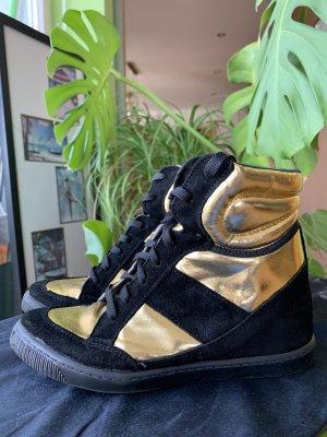 Hohe sneakers mit Absatz schwarz Gold