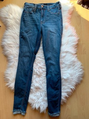 Hollister curvy high rise super skinny jeans