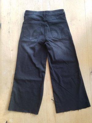 Hollister 3/4 Length Jeans black