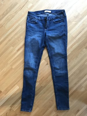 Hollister Jeans 27/31