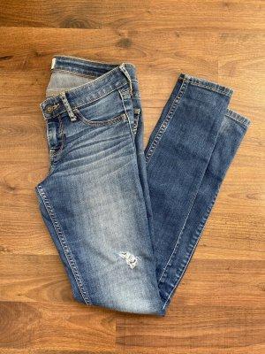 Hollister Jeans destroyed
