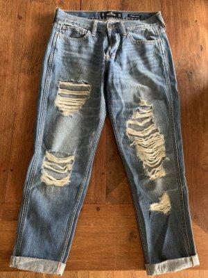 Hollister Spodnie typu boyfriend stalowy niebieski