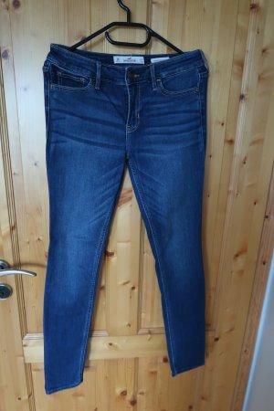Hollister Spodnie biodrówki ciemnoniebieski-stalowy niebieski