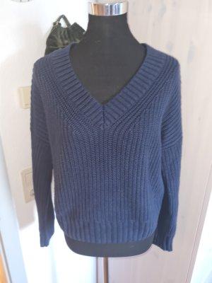 Hollister Pullover in größe 40