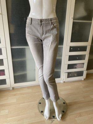Hollister Röhren Jeans Gr 36 top