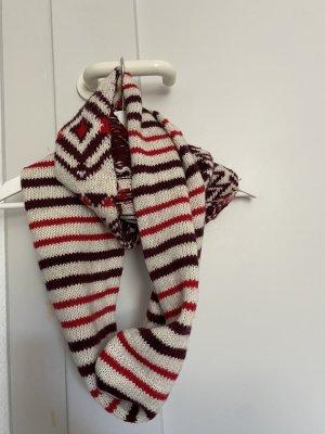 Hollister Gebreide sjaal room-rood