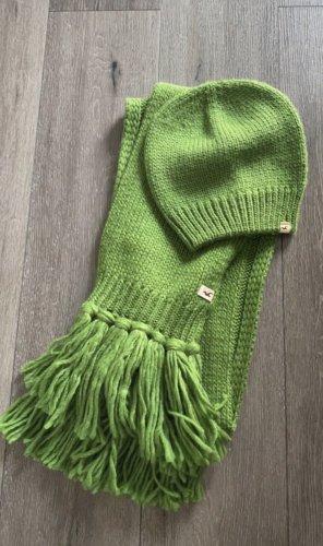 Hollister Beanie green-grass green