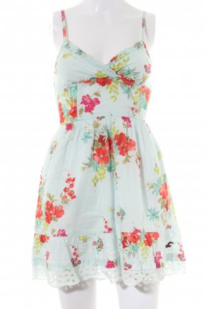 Hollister schulterfreies Kleid Blumenmuster Casual-Look