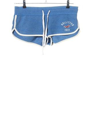 Hollister Shorts blau-weiß Schriftzug gedruckt sportlicher Stil