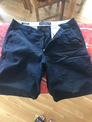 Hollister Shorts 32