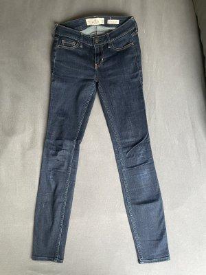 Hollister Skin-Jeans W23 L28
