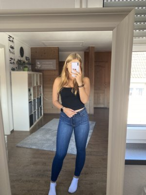 hollister skinny jeans W27L28
