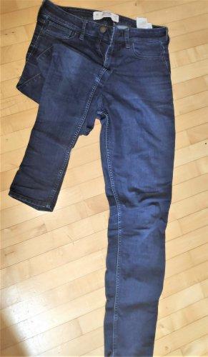 Hollister Super Skinny Jeans GR 27 /31