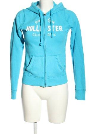 Hollister Sweatjacke blau Schriftzug gestickt Casual-Look