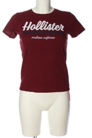 Hollister T-Shirt rot Schriftzug gestickt Casual-Look
