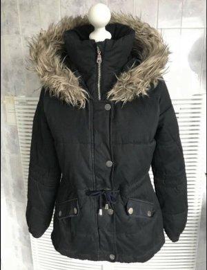 HOLLISTER warme Winterjacke schwarz in Gr. S *neuwertig*