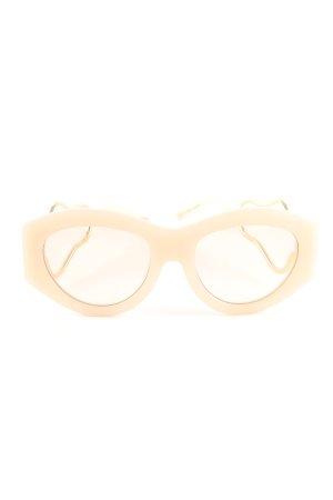 Holly Ryan Oval Sunglasses cream casual look