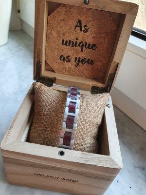 Holzkern Armband