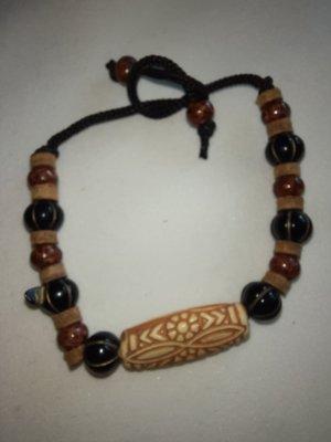 Holzschmuck Bransoletki z perłami jasnobrązowy-ciemnobrązowy