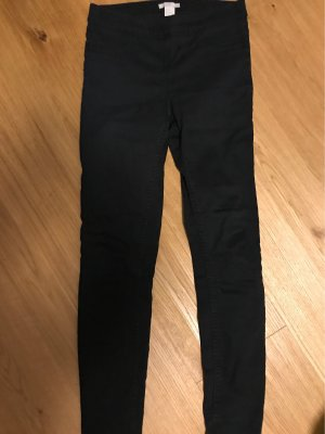 H&M Divided Cargo Pants black