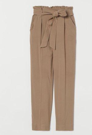 H&M Pantalón tobillero marrón claro