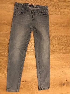 Zara Pantalon taille basse gris clair