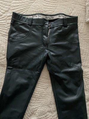 Hose aus Kunst Leder