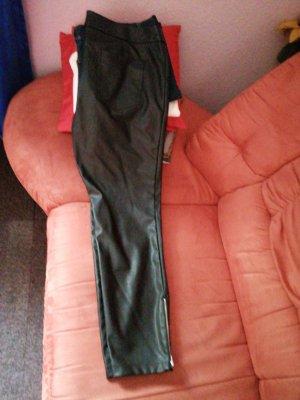 BODY FLIRT 3/4 Length Trousers black leather