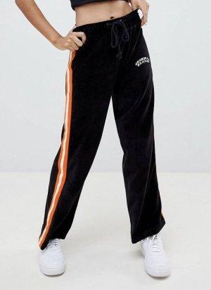 Hose aus Velours mit weitem Bein und seitlichen Streifen