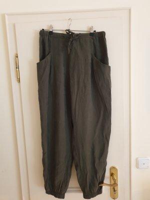 Hose aus Viskose von Zara, Gr. L