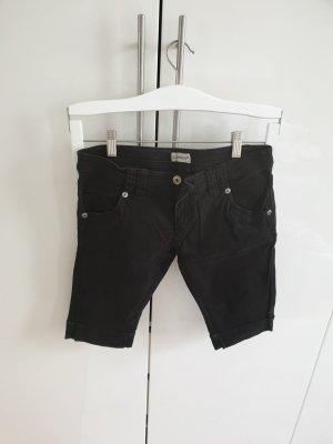 Hose C&A 34 shorts kurz schwarz