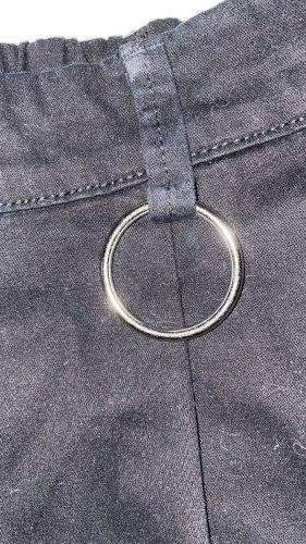Hose (cargohose) schwarz mit Ring und Taschen