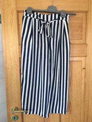 Hose culottes von Zara Grösse M dunkelblau weiß gestreift