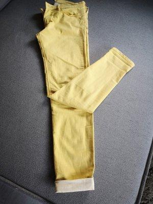 Stradivarius Pantalone elasticizzato giallo chiaro