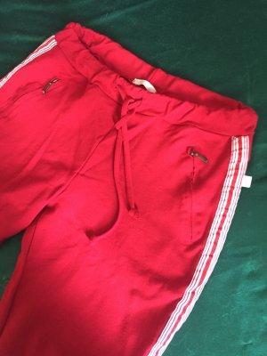 Heimatliebe Sweat Pants dark red-white