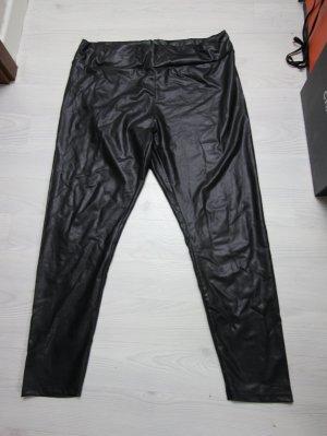 Hose im Leder Look leicht high waist