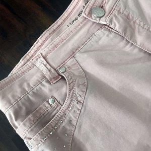 Hose in einem zarten rosé für den Sommer von Anna Montana!