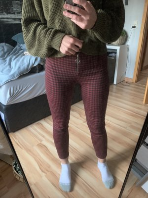 Pantalon cigarette noir-rouge carmin