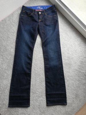 Hose. Leggings. Jeans