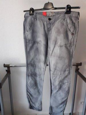 Khujo Pantalon en lin argenté