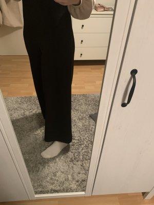 Hose mit breiten Bein  in schwarz