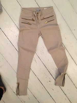 Hose mit Reißverschlüssen