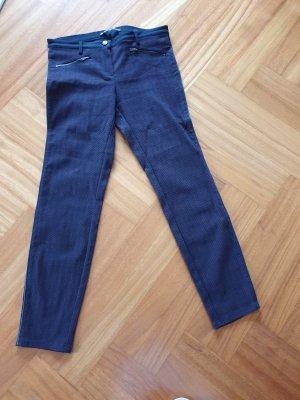 Hose mit seitlichen Zierstreifen- neuwertig!