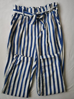 Hose mit Streifen und Taillenband