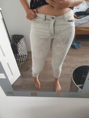 Hose mit Waschung