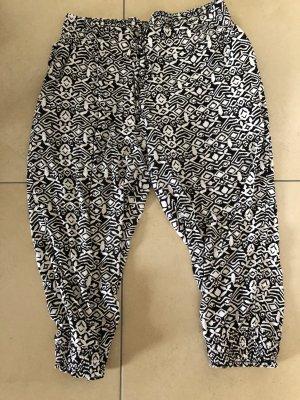 bpc selection 7/8 Length Trousers white-black