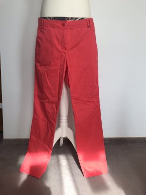 Airfield Chino lichtrood