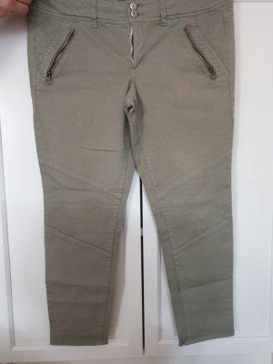 American Eagle Outfitters 7/8-broek olijfgroen-khaki